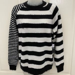 NWT-VOLCOM Black/White Stripe Space Sweater XS